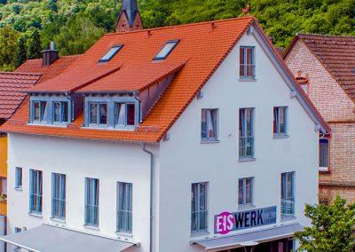 Gaestezimmer-Cafe-Escher-Eiswerk9